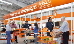 Booker wholesale appoints Global4 as its telephony supplier